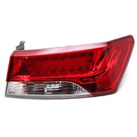 OEM Kia Forte Koup SX Outer Right Passenger Side Tail Lamp 92402-1M510 Lens Chip