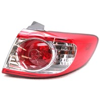 OEM Hyundai Santa Fe Inner Right Passenger Side Tail Lamp 92402-0W500 Lens Crack