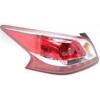 OEM Nissan Altima Sedan Left Driver Side Halogen Tail Lamp Lens Chips