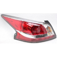 OEM Nissan Altima Left Driver Side Tail Lamp Lens Chips 265559HM0A