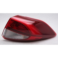 OEM Hyundai Tucson Outer Right Passenger Side LED Tail Lamp - Lens Chip