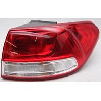 OEM Kia Sorento Right Passenger Side Tail Lamp Lens Chip 92402-C6000