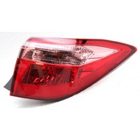 OEM Toyota Corolla Sedan Outer Right Tail Lamp - Small Lens Chip & Crack