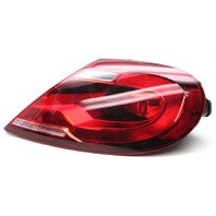 OEM Volkswagen Beetle Convertible Right Tail Lamp 5C3-945-096R - Lens Chip