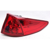 OEM Honda Odyssey Outer Right Side Tail Lamp 33500-THR-A01 - Tab Crack