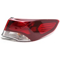 OEM Hyundai Sonata Right Passenger Side Halogen Tail Lamp 92402-C2500