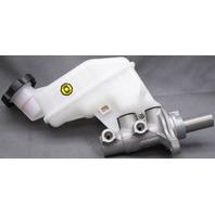 OEM Hyundai Elantra Brake Master Cylinder w/reservoir 58510-3Y500