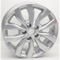 OEM Kia Optima EX 17 inch Wheel Scratches 52910-2T370