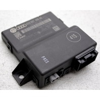OEM Audi Q3 Communication Control Module 8U0 907 468 AE