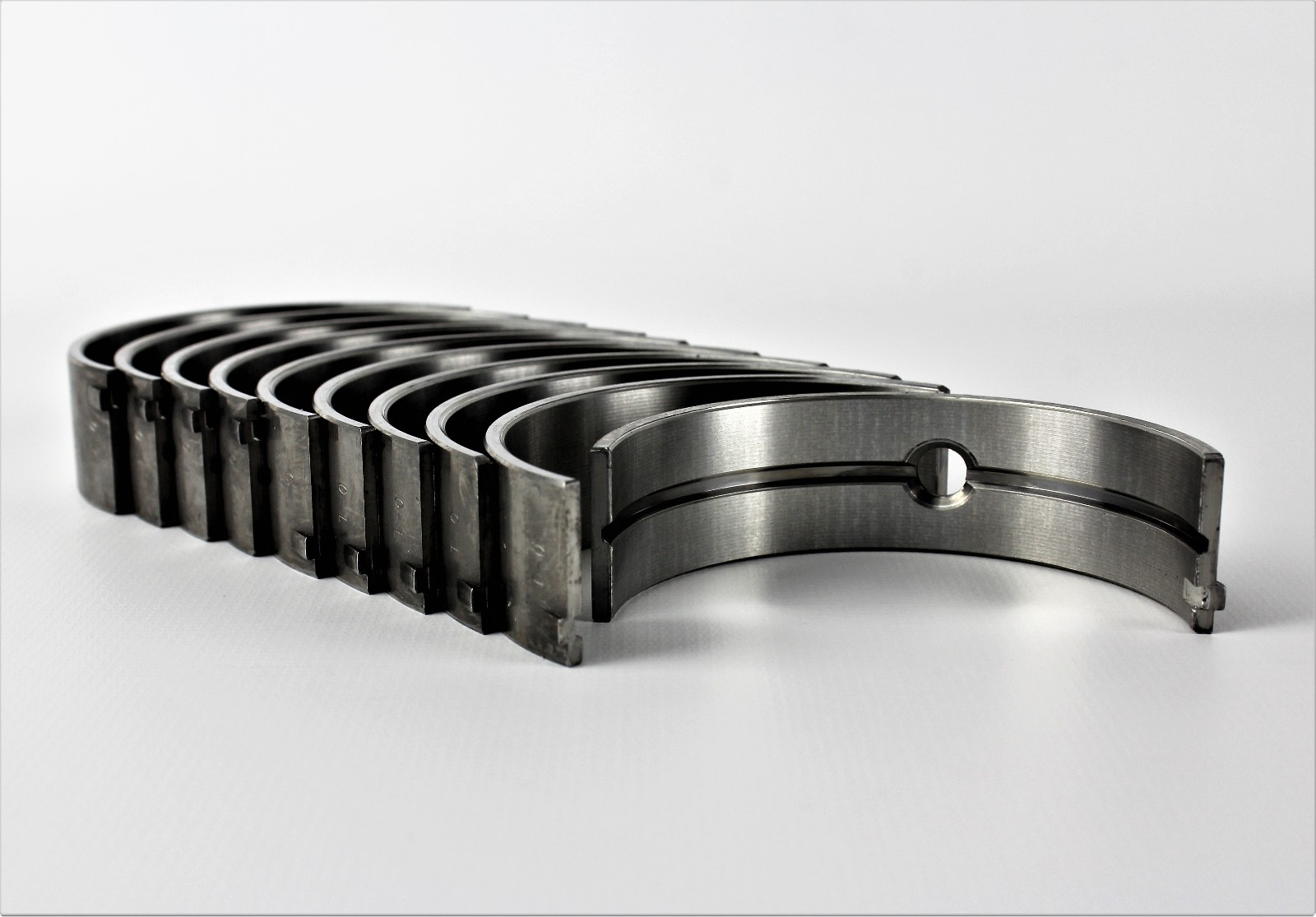 DNJ MB3139.10 Main Bearing Set Oversize 10 .25mm