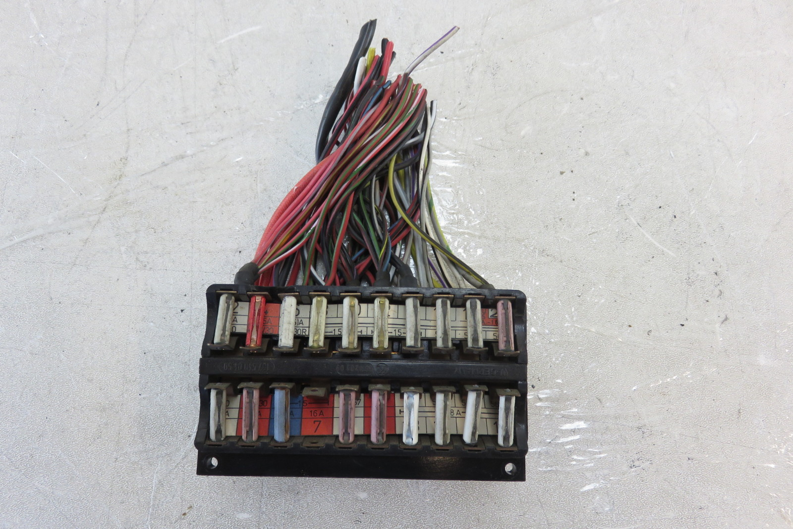 450sl Fuse Box Mastering Wiring Diagram 2009 Mini Cooper Location 73 Mercedes R107 1075401705 S Auto Parts Rh Exoticsalvage Com 1980