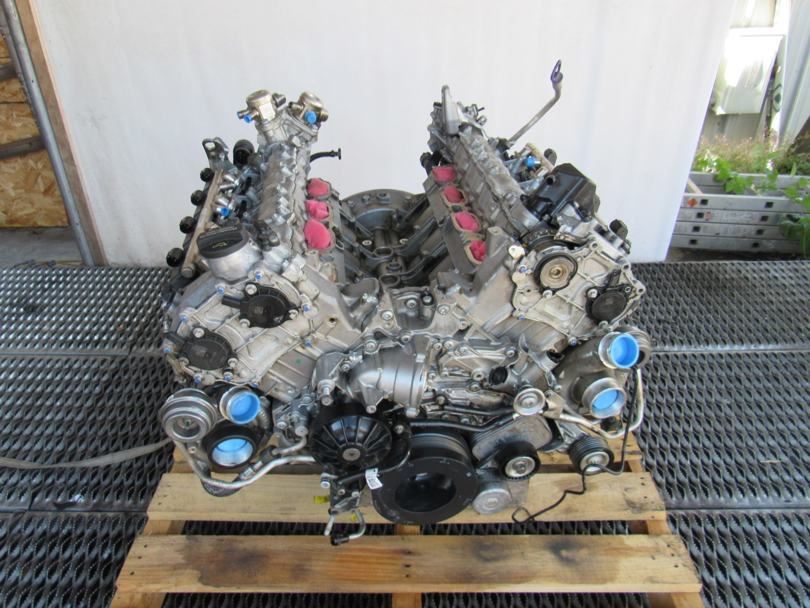 17 Mercedes X166 GLS63 engine, V8 twin turbo 1570108100 ...