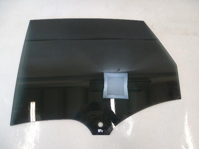 16 Porsche Macan Turbo glass, door window, left rear 95B845205B