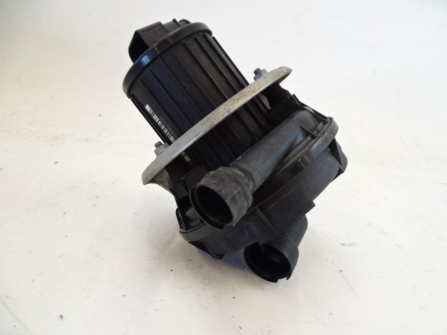 07 Audi D3 A8 smog air pump 07L959253B
