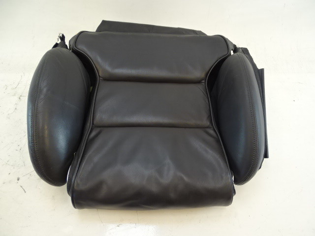 07 Audi D3 A8 seat cushion, bottom, right front, black