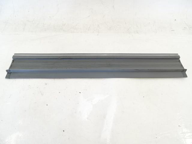 89 Mercedes W126 420SEL 560SEL trim, door step sill, left front, gray
