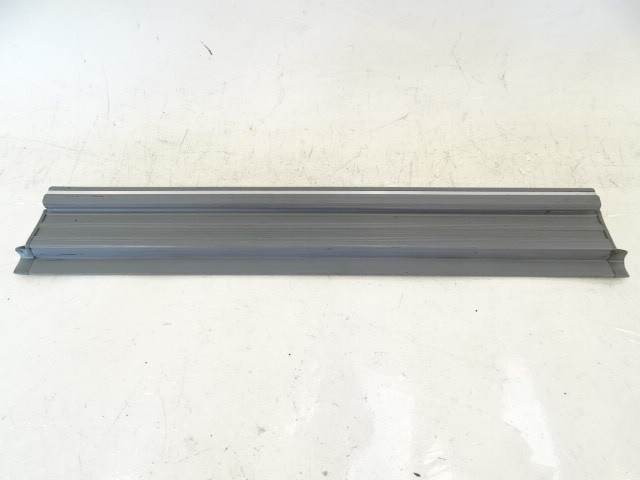 89 Mercedes W126 420SEL 560SEL trim, door step sill, left rear, gray