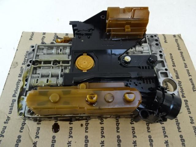03 Mercedes R230 SL500 valve body with solenoids 722.6 2112770101
