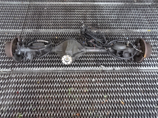 2000 Mercedes W463 G500 axle assembly, rear 4613506900