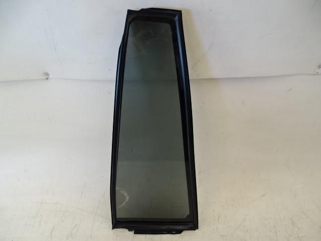 Lexus GX460 glass, door window, left rear 68124-60380 fixed