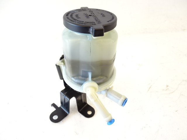 Lexus GX460 reservoir, power steering fluid 44360-60321