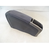 09 Toyota Prius center console, gray, with cup holders