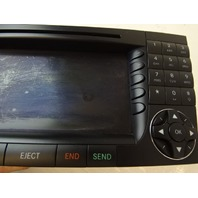 07 Mercedes W219 CLS63 CLS550 navigation unit, GPS screen 2118203497 command center