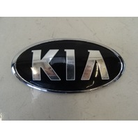 16 Kia Soul emblem, front 86320-B2000