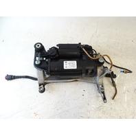 05 Porsche Cayenne 955 Turbo compressor, air suspension pump 7l0616006d