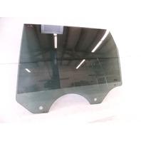 05 Porsche Cayenne 955 Turbo glass, door, left rear 955542611