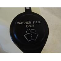 91 Toyota Previa windshiled washer tank reservior  85315-28130 860142-036
