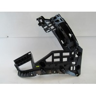 15-17 Porsche Macan bracket, bumper, right rear 95b807572a 95b807254a