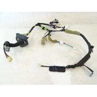Lexus GX470 wiring harness, door right front 82151-60530