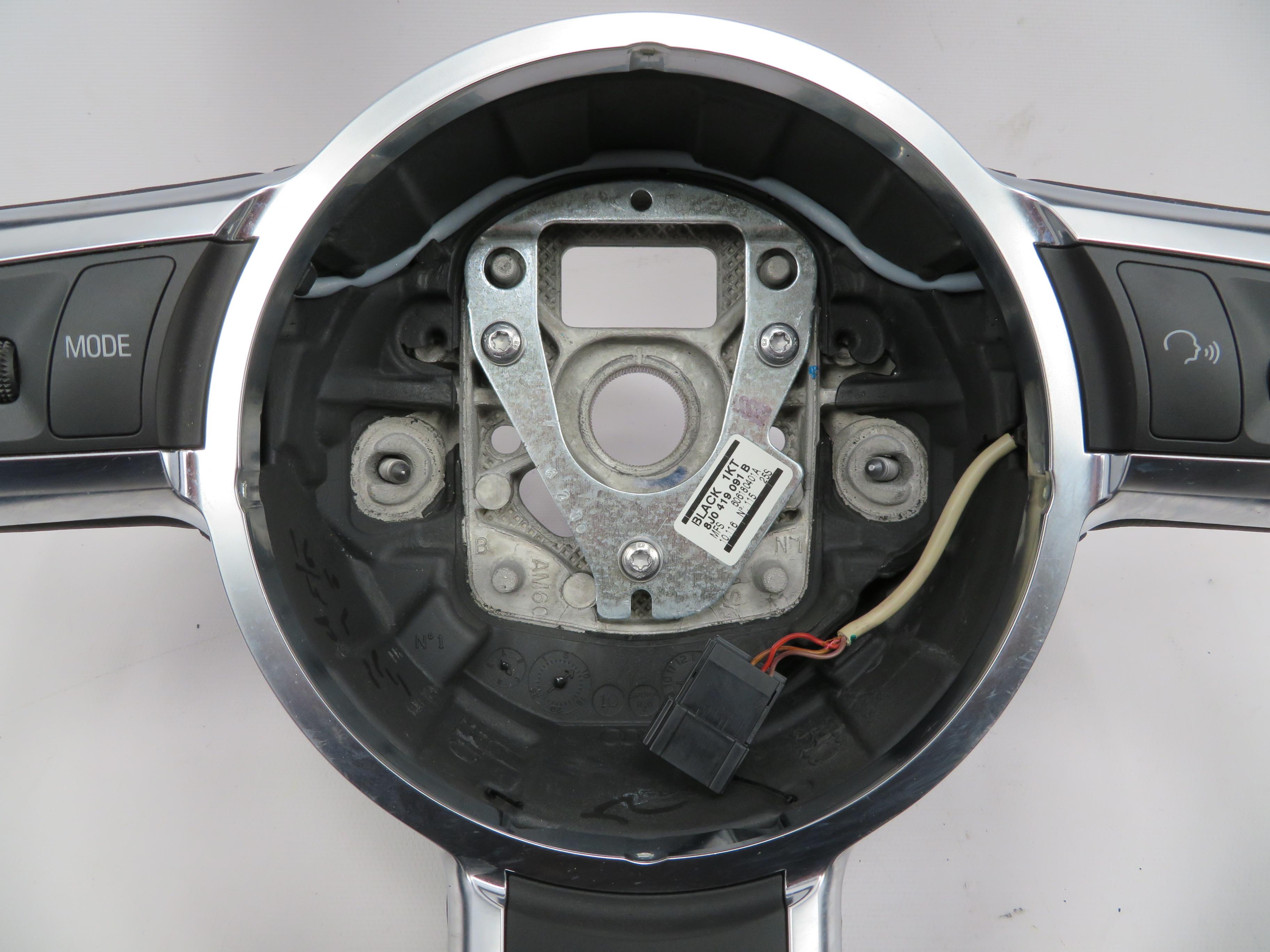 2011 Audi R8 V10 Tt 1068 Sport Leather Steering Wheel Flat Bottom