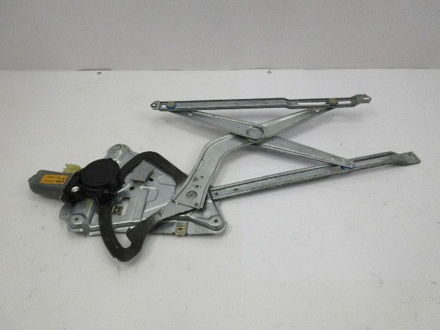 91-97 BMW 840ci 840i E31 #1053 Right Front Window Motor & Regulator 51331970972