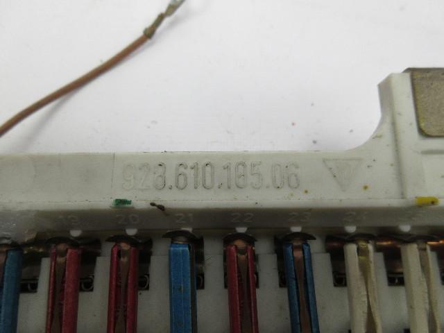 1983-1986 porsche 928 s #1054 oem relay fuse box panel 92861010506
