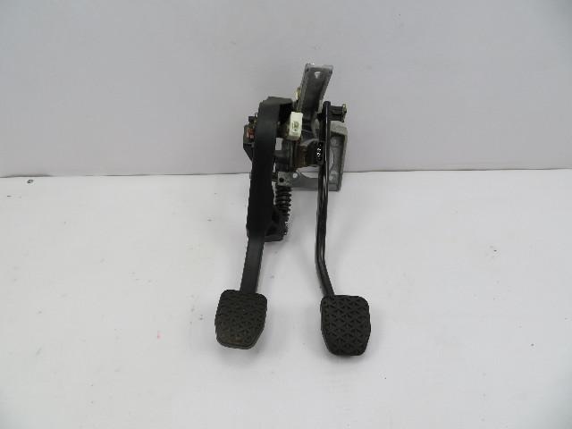98 BMW Z3 M Roadster E36 #1066 Brake & Clutch Pedal Box Pedals