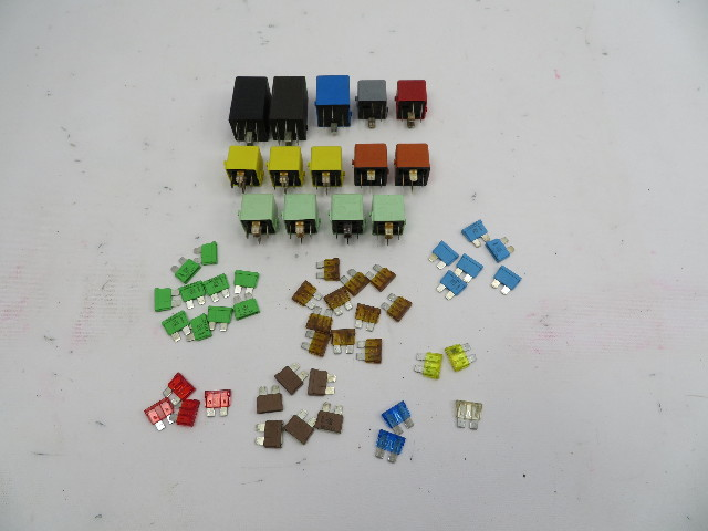 98 BMW Z3 M Roadster E36 #1066 Fuse & Relay SET OEM 56PCS