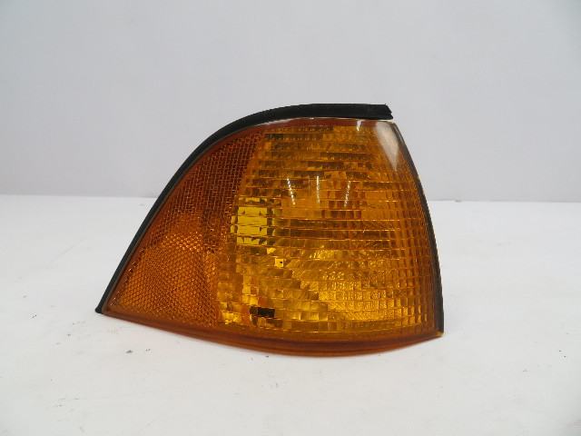 1995 BMW M3 E36 Coupe #1070 Front Right Turn Signal OEM