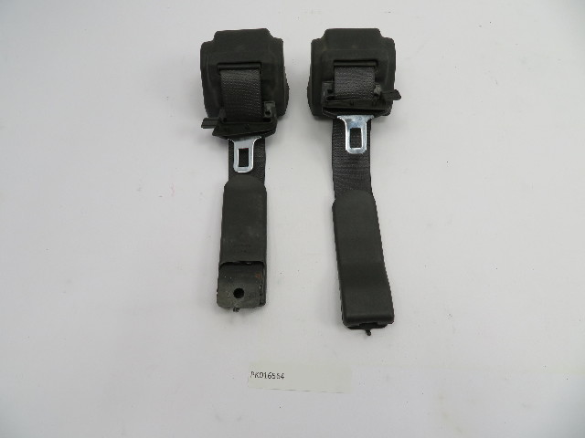 2004-2009 Cadillac XLR #1073 Black Seatbelt Pair Left & Right