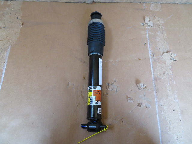 2004-2009 Cadillac XLR #1073 Shock Strut Absorber, Right Front