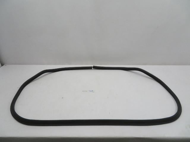 2000 BMW Z3 M Roadster E36 #1079 Trunk Seal Weatherstrip