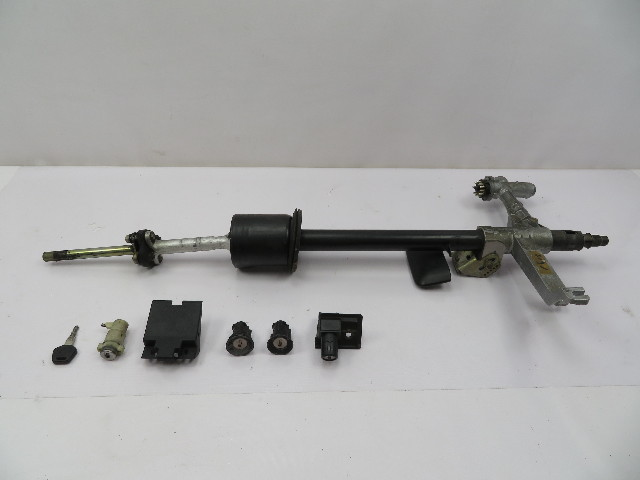 1978-1995 Porsche 928 S4 #1082 Lock Set Ignition Door Trunk Glovebox