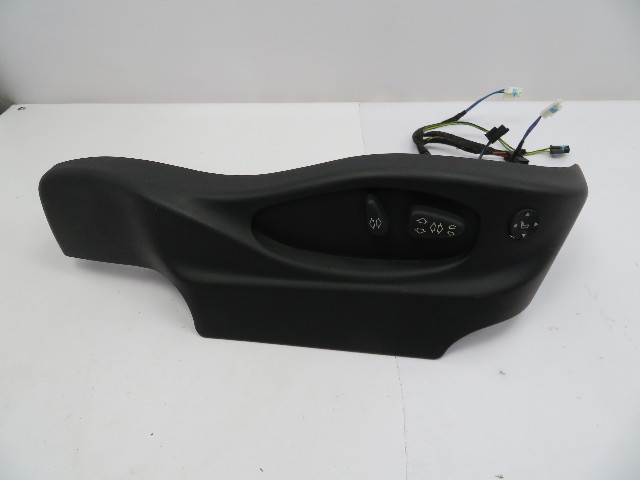 BMW X5 4.4L E53 #1083 Power Sport Seat Switch & Trim W/ Lumbar, Right Passenger