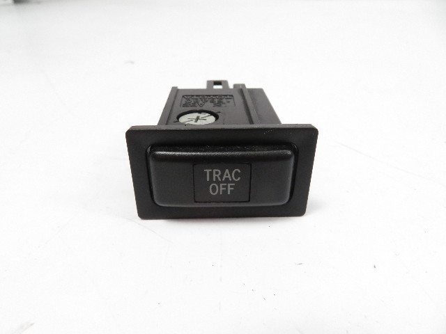 01 Lexus IS300 #1125 Switch, Traction Control TRAC OEM