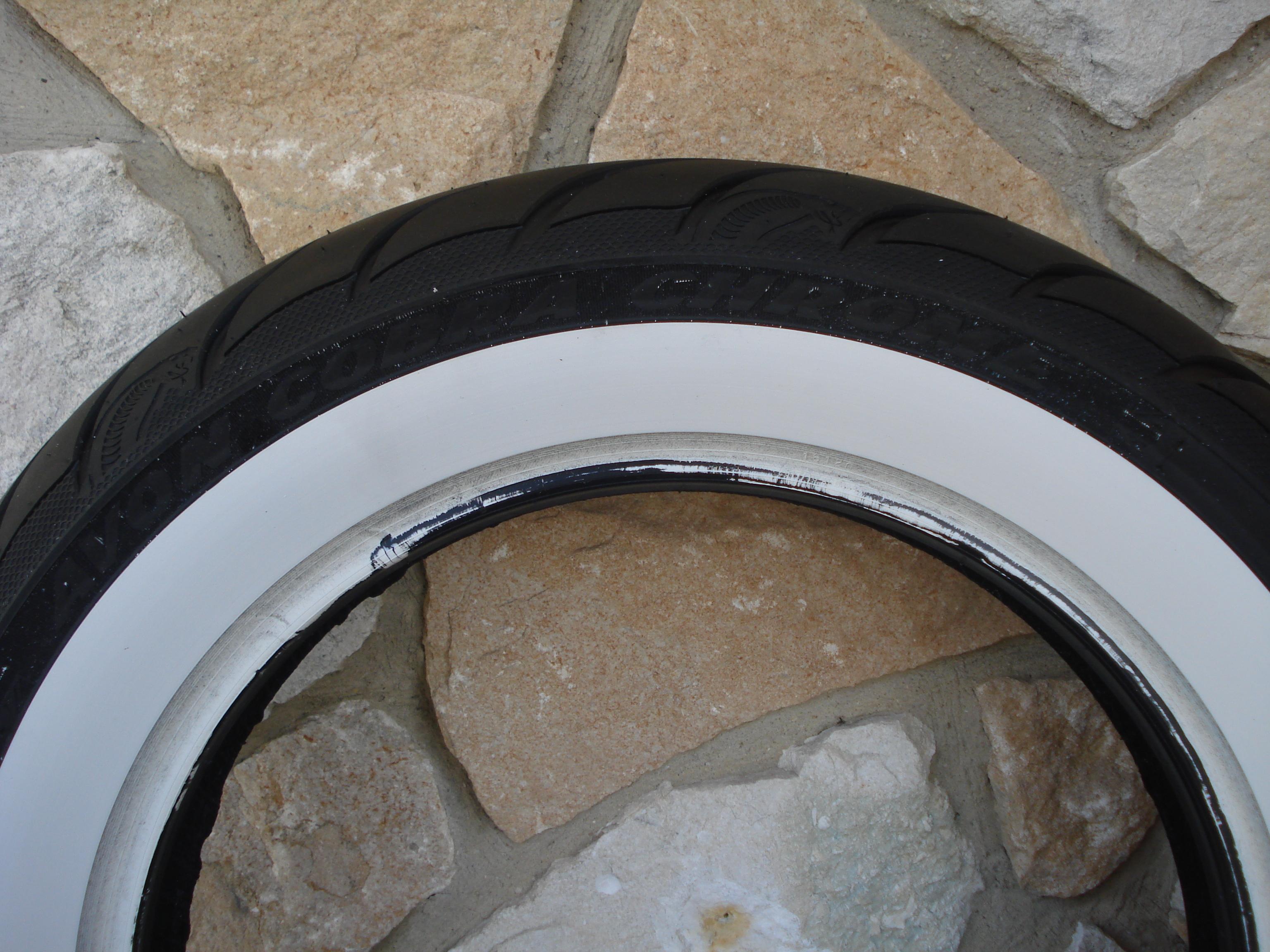150/80B16 WWW AVON AV92 COBRA CHROME WIDE WHITE WALL REAR TIRE