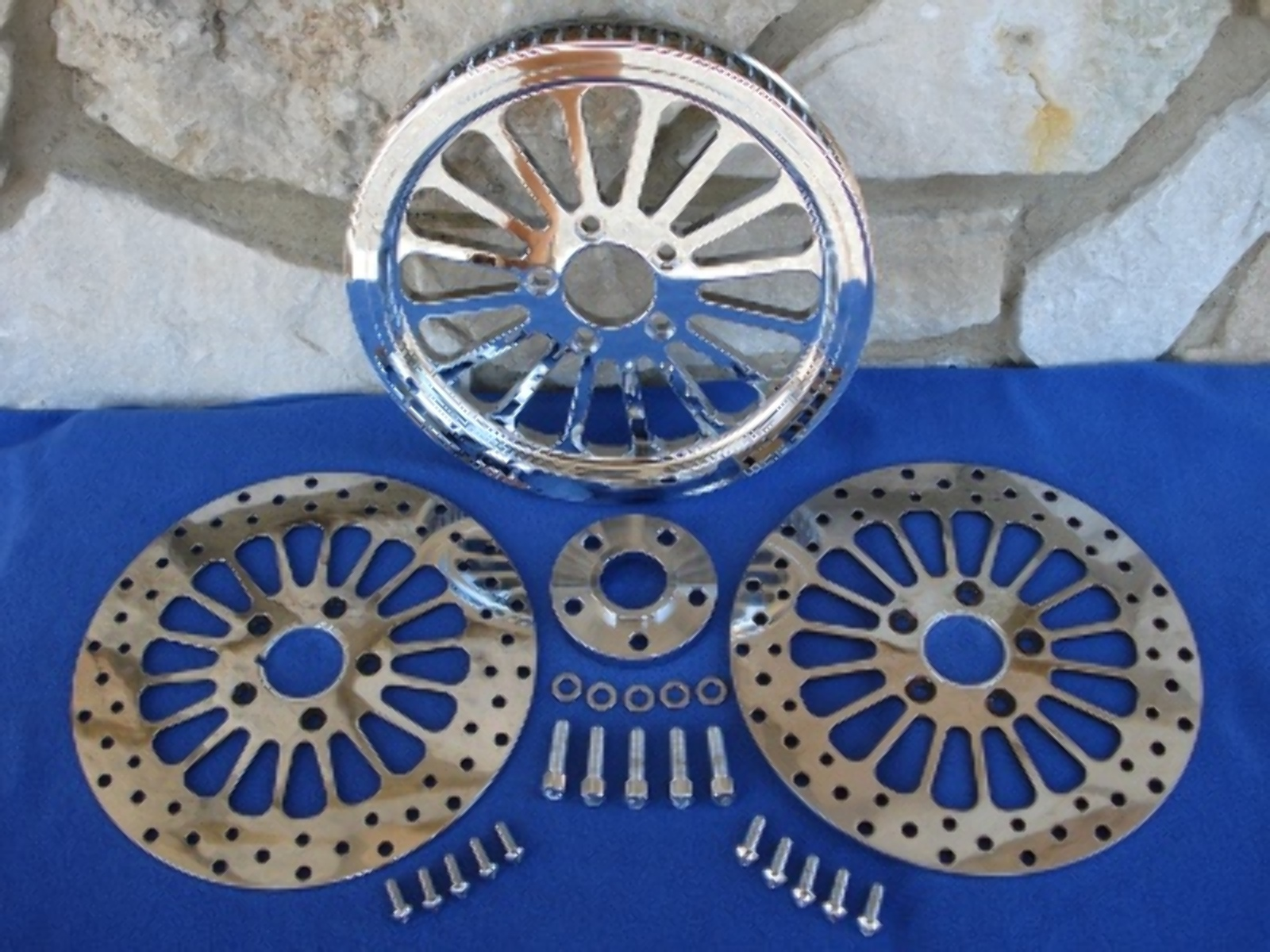 """Drive Pulley King Spoke Chrome 1-1//8/"""" 70t suit Harley"""
