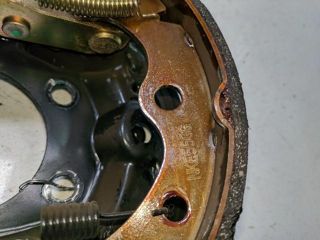 Front Brake Shoes Kawasaki Mule 3010 Trans 4x4 KAF620K KAF620J 2005 2006 2007