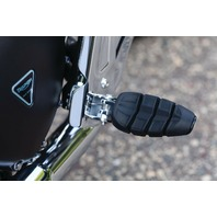 Kuryakyn Chrome Kinetic Footpegs Male Mount - 4316