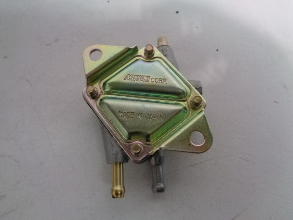Can-Am 1999-2004 Quest Traxter 7413 Fuel Pump 707200000 New Oem